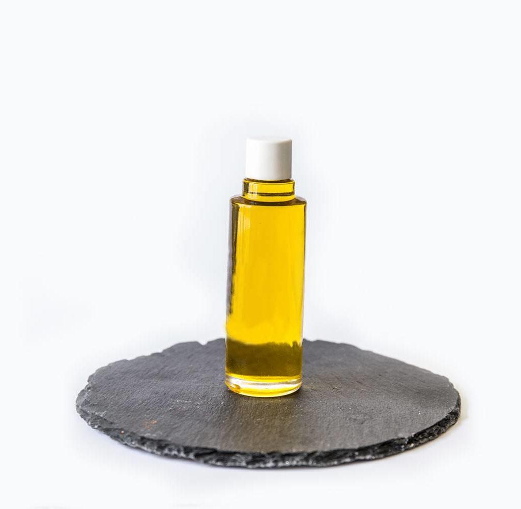 huiles essentielles artisanales suisses